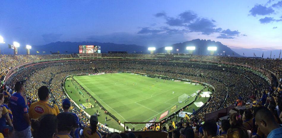 Estadio Universitario Monterrey, México Chivas Tigres UANL El Volcan Futbol Estadio Stadium
