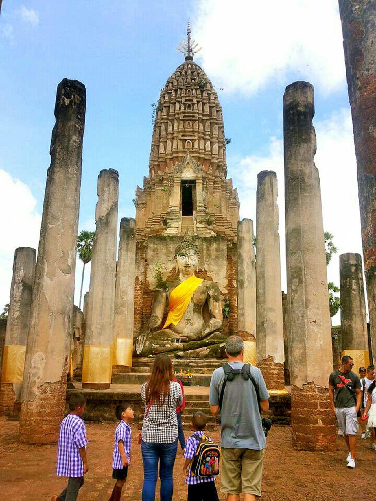 Luang pho toh. 🙏 (Statue of buddha or called buddha pang man wichi / thai called phar put ta rub pang man wichi) First Eyeem Photo