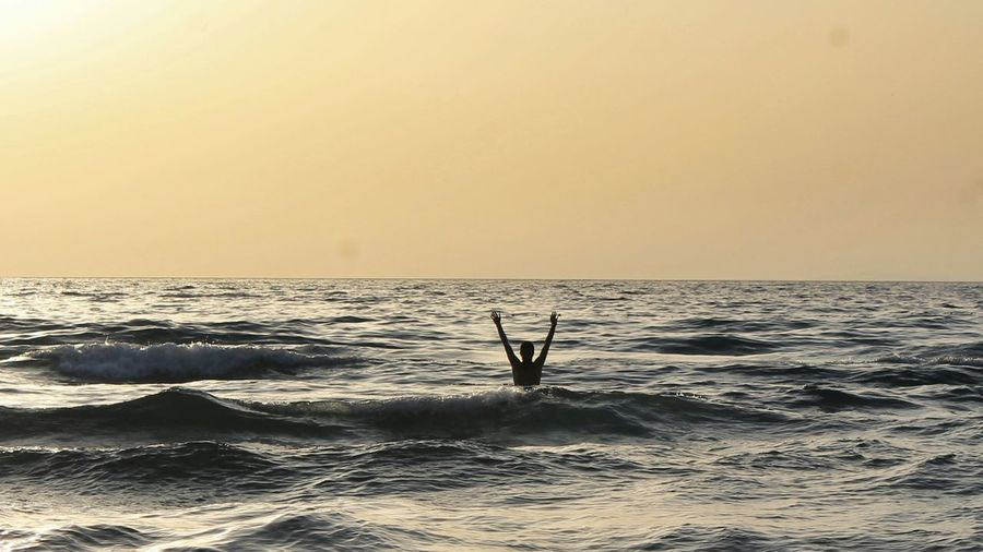 Fun Being A Beach Bum Enjoying The Sun Enjoying The Sunset Kadınlar Denizi Kusadasi Life Is A Beach Enjoying Life Relaxing Swimming