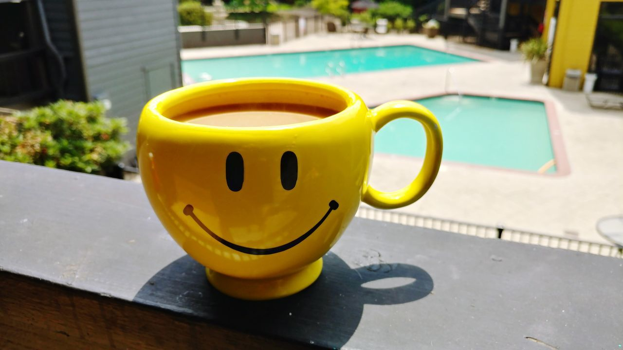 yellow, outdoors, swimming pool, day, no people, close-up, table, focus on foreground, sunlight, water, freshness