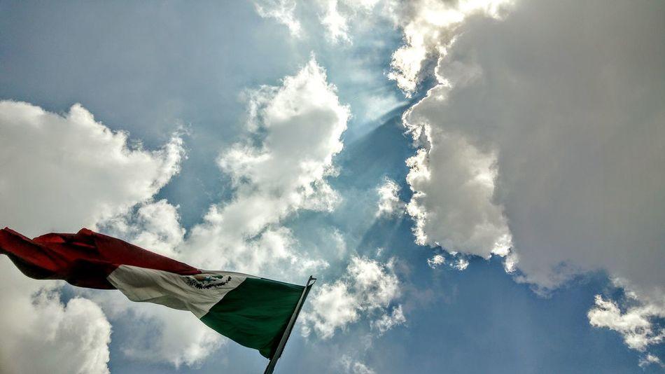 Flag Mexico City Clear Sky Cloud - Sky Blue Sky Outdoors