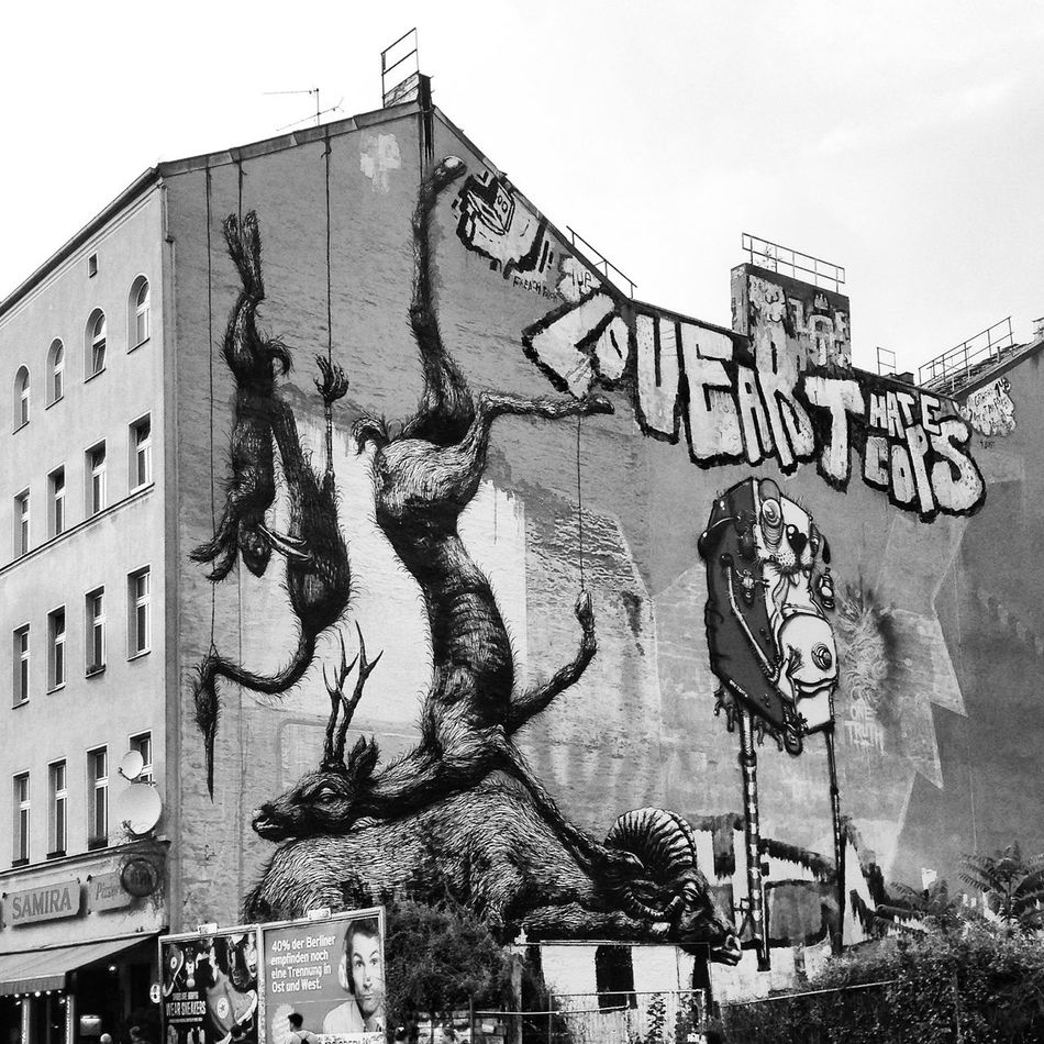 Animal Representation Architecture Building Exterior Day Graff Graffiti Graffiti Art Low Angle View Mural Mural Art No People Outdoors Roll On Sculpture Statue Street Street Art Street Art/Graffiti Street Life Street Photography Streetart Streetphoto Streetphoto_bw Streetphotography