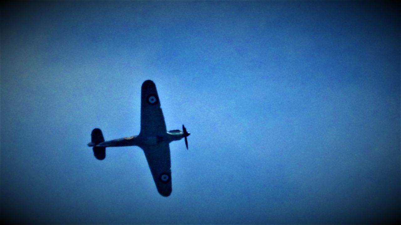 Here is a (Colour) Photo Shot of a Hurricane Aircraft flying over Capel Le Ferne. This Photo was taken in July 2017 In Capel le Ferne - Folkestone - United Kingdom. 2017 2017 Year Battle Of Britain Memorial, Capel-le-Ferne Battle Of Britain Mermorial Flight Clear Sky England, UK Great Britain Hurricane Aircraft Nice Day Plane Planespotting Sunny United Kingdom Airplane Battle Of Britain Clear Sky Summer Day Day Flying Kent England Low Angle View Nice Weather No People Outdoors Planes Sunny Day