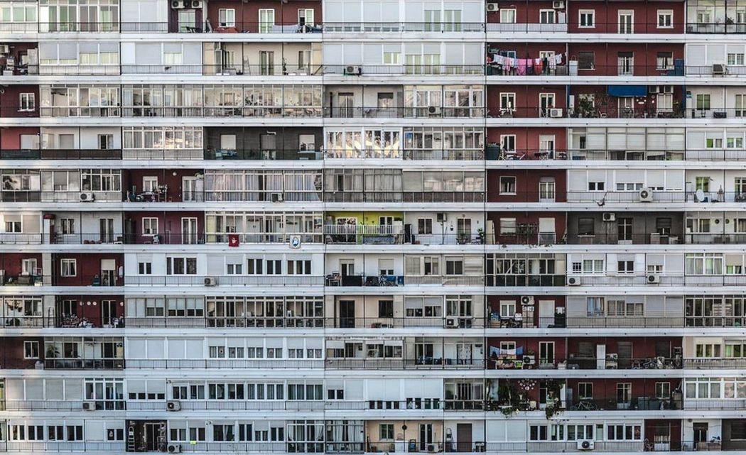 El lugar de todos ~ La Colmena I Theplaceofeveryone ArtWork Fresh On Eyeem  Ana_maisonave Visual Poetry Madrid JoseBanus Architecture Masive Somosdeluzysombras Homes