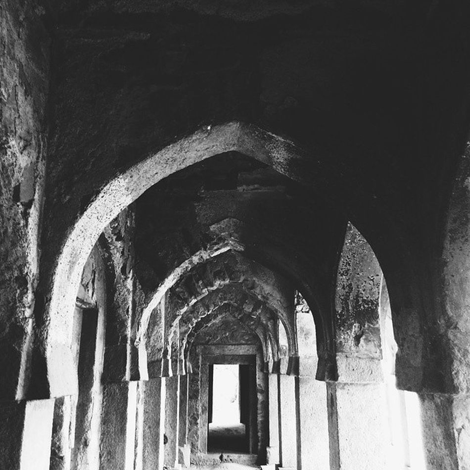 Sirifort looks old, but it's young at heart.. ;) Hauzkhas Village Sirifort Newdelhi Monuments Old Blackandwhite