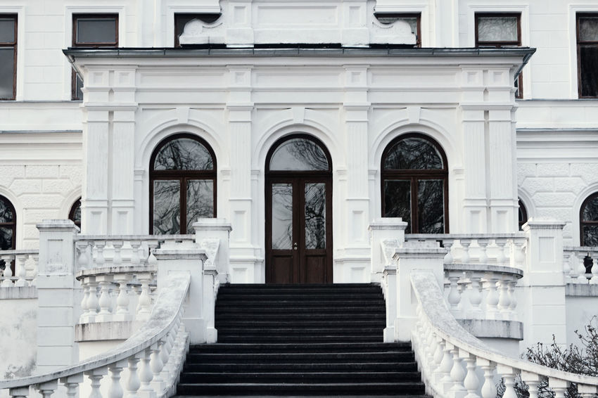 Architecture Building Building Exterior Buildings Built Structure Day Mansion Outdoors Stairs Steps Symmetry White