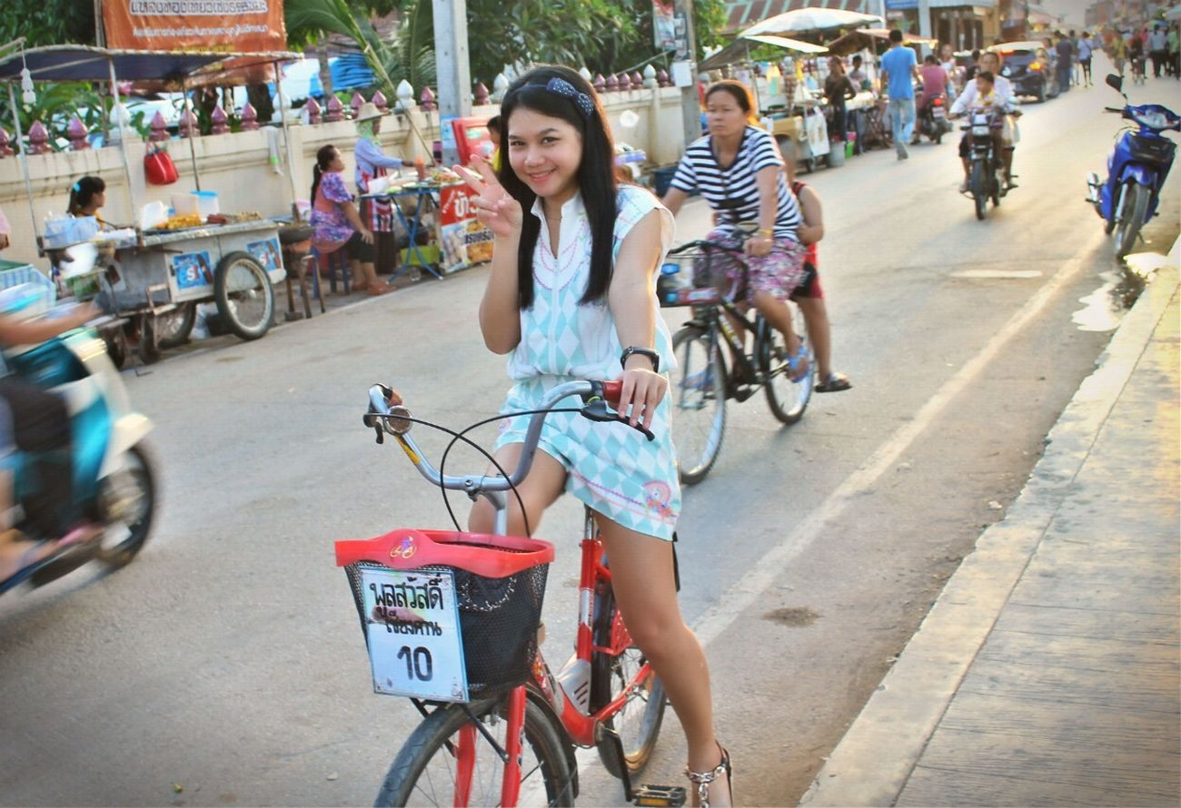 Chilled time Chilling Chiang Khan Good Times