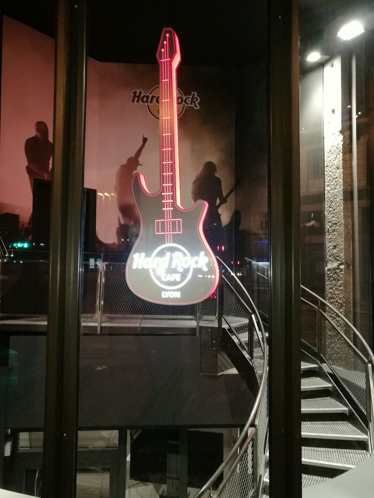 Hard Rock Cafe Lyon France Great Atmosphere Great Drink Bar - Drink Establishment Reflection Illuminated Music Saturdaynight