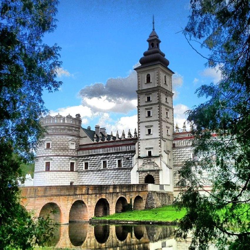 FotoCastel Palace History Krasiczyn PolandEuropeBeauty visitturisticescapetravelwalkworldinstapolandinstagoodexplorerpassioncolourSkyweekendHoliday