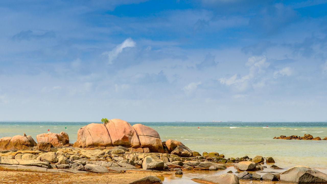 Beachphotography Sea Horizon Over Water Tranquility Sea And Sky Searocks Sky Seascape Photography Beaches, Vacation, Colour Sea And Sky Rock And Sea