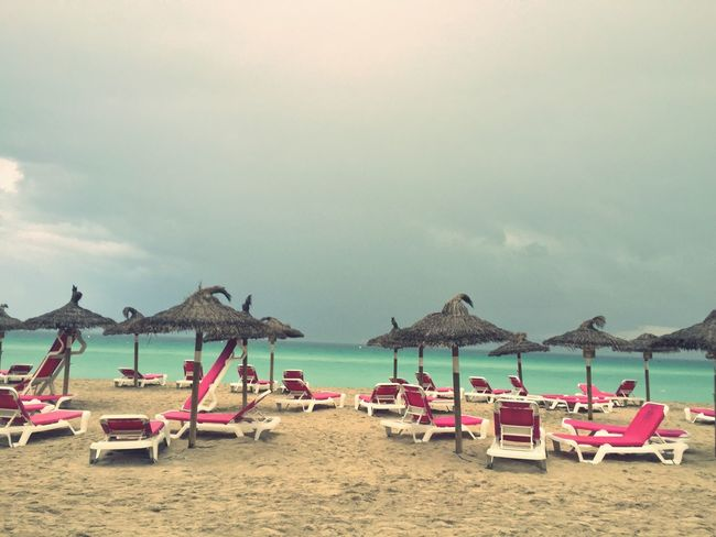 Beach Beachview Beach Chairs Beach Umbrella Beach View Beachside In Mallorca , Strand Strand ♥ Strandspaziergang auf Mallorca , Plage 🌴 Plage Parasol Parasols Sonnenschirm Sonnenschirme Sombrilla Sombrillas