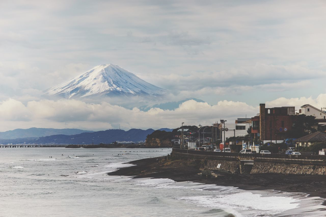 Mountain Nature Scenics Tranquil Scene Sky Beauty In Nature Tranquility Outdoors Landscape Mountain Range Day Water Cloud - Sky Snow No People Japan Japan Photography Mt.Fuji Fujisan