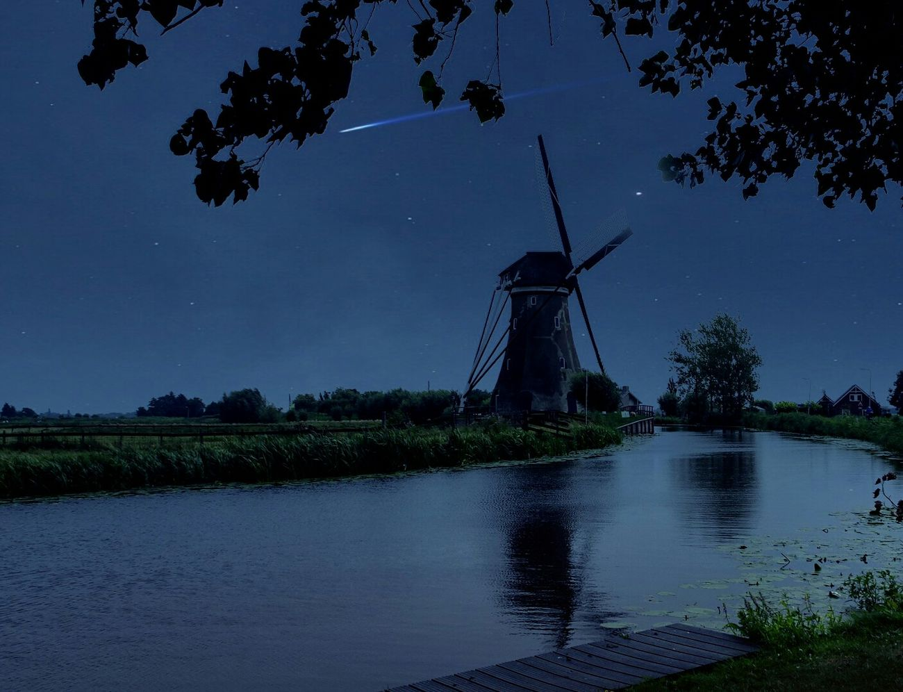 Make A Wish! Check This Out Hanging Out Taking Photos Falliing Star Beautiful Windmill Nightphotography EyeEm Best Shots 43 Golden Moments