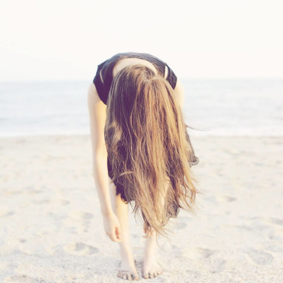 Beautiful stock photos of yoga, Barefoot, Beach, Bending, Candid
