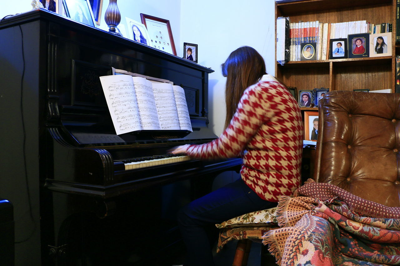 Piano Moments Piano Antique Ofmyhome Classical Music Musical Instrument String Playing Piano Studying Hard Teacher Of Piano Mysister
