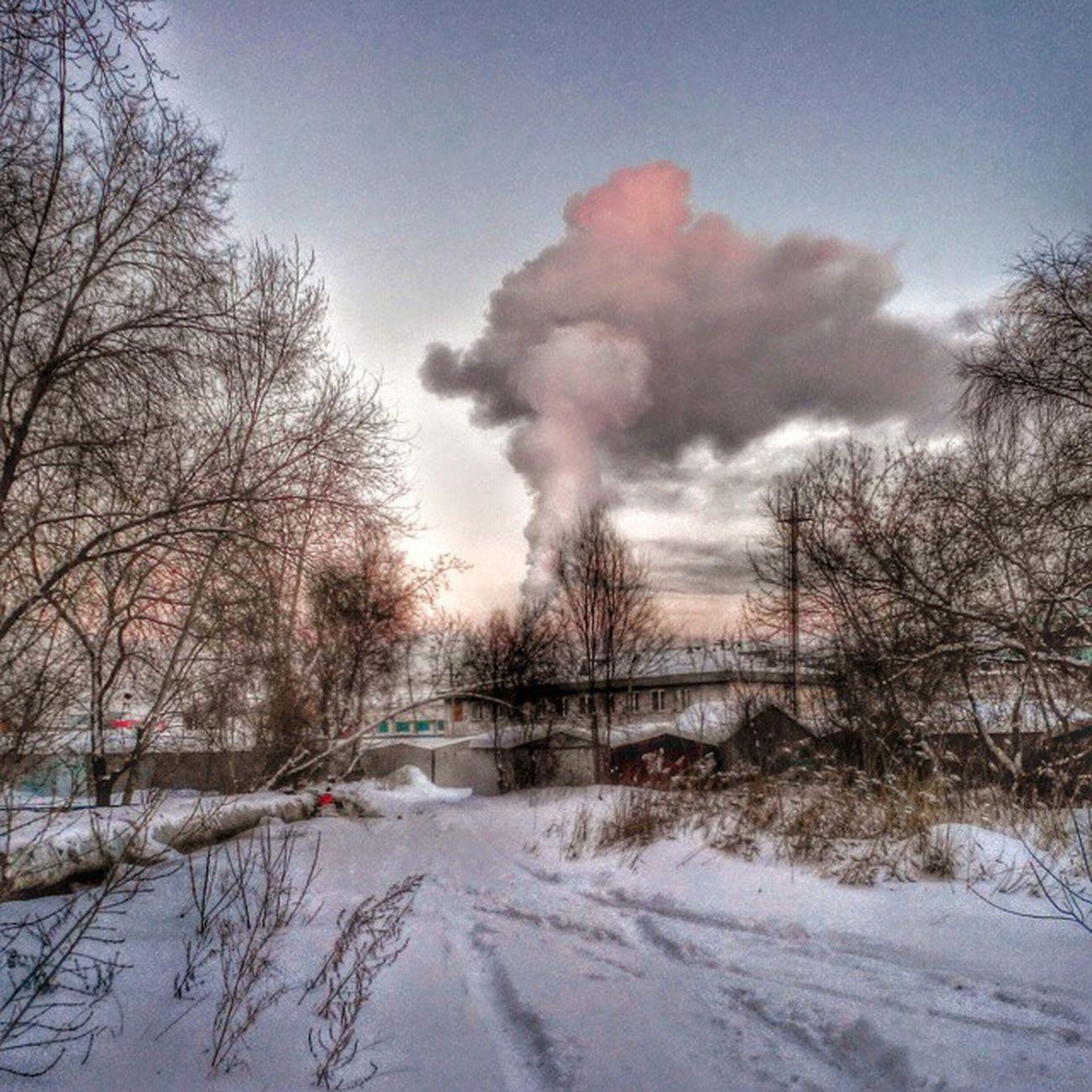 омск сибирь небомореоблака Морозисолнце дым мороз зима январь индастриал Omsk Siberia Frostandsun Smoke Frost January Winter Snow Industrial Instaomsk15