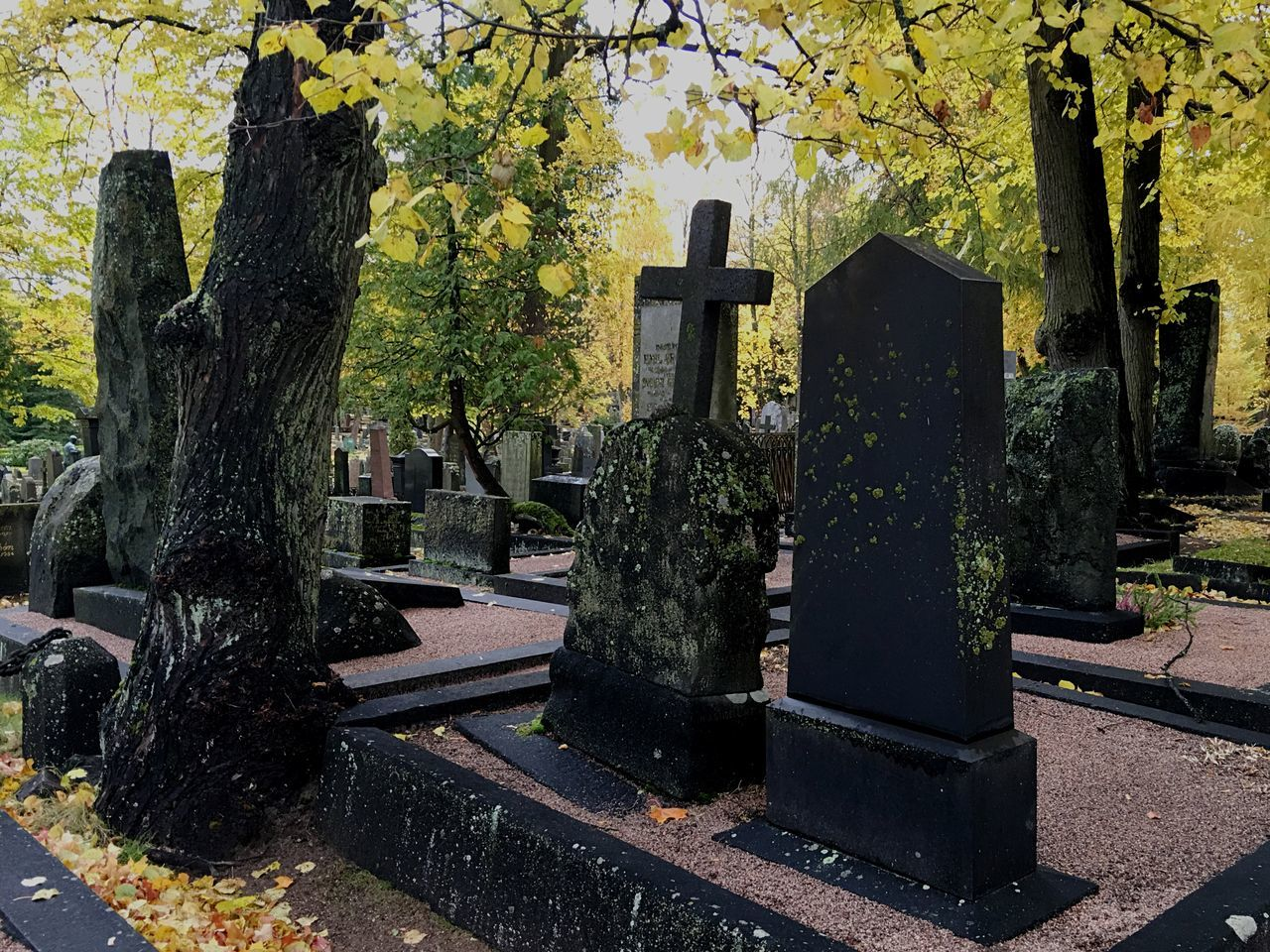 Gravestones at Hietaniemi Photographed With IPhone 6s Plus
