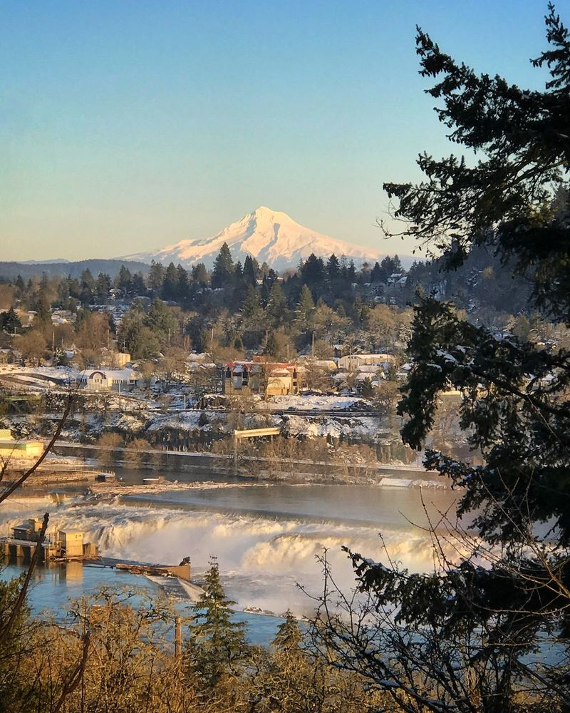 Looking towards Oregon City from 205 viewpoint. Nature Mountain Tree Beauty In Nature Water Reflection Tranquility Scenics No People Tranquil Scene Mountain Range Sky Outdoors Day Cold Temperature Landscape Snow Snow Covered Willamette River  Willamette Falls My Hood Mount Hood Mountain Peak Scenic Majestic