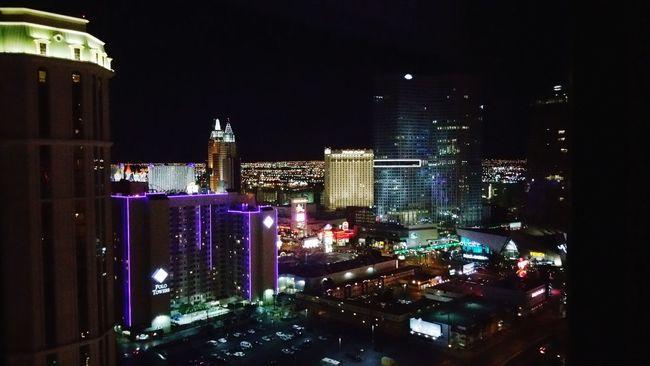 VivaLasVegas Vegas  FightNight 2015  Elara Nevada Nightlights Las Vegas Thestrip