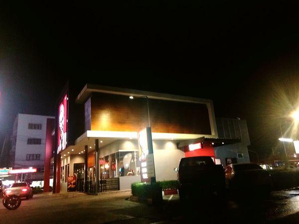 Night Nightlife Illuminated People City