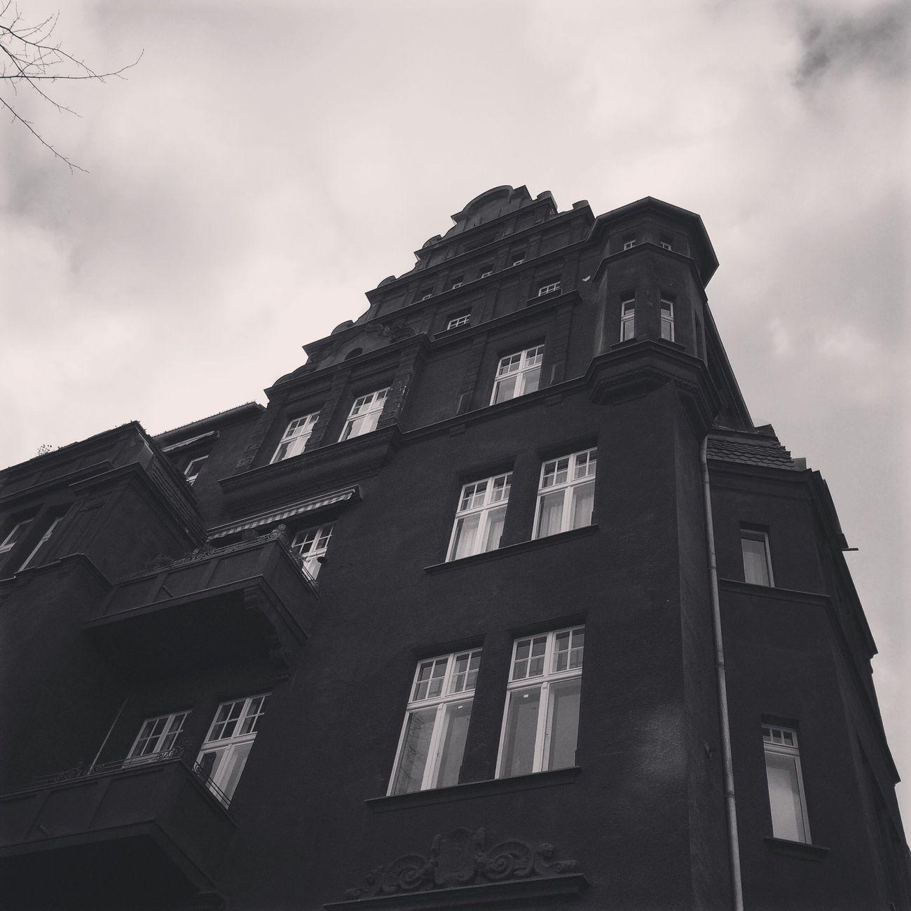 Schöneberg Spooky House B&WPhoto Berlinschöneberg Berlinarchitecture Creepy House