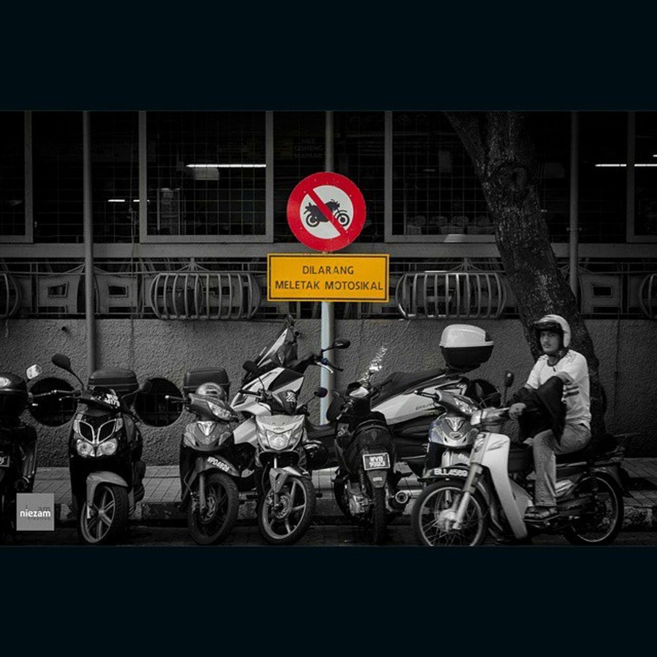 Kualalumpur Interestingplaces Blackandwhite Motorcyle Signage Ironic  Pertamacomplex
