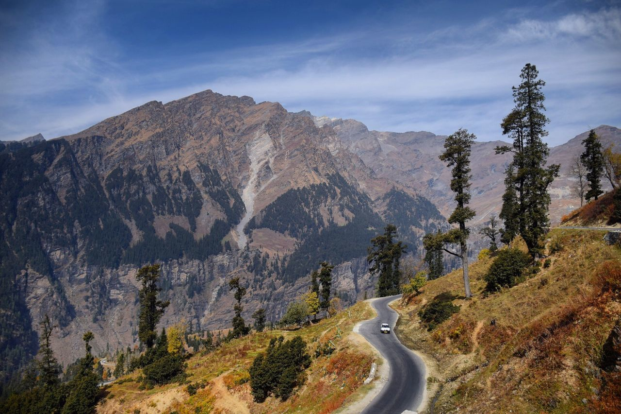 Mountain Road Sky Beauty In Nature Mountain Range Transportation Scenics Landscape Nature Mountain Road Day Winding Road The Way Forward Tranquility Outdoors No People Nikon Nikonphotography Nikond5300 Nikonofficials Photooftheday EyeEm Gallery EyeEm Best Shots Nikonphotographer Travel