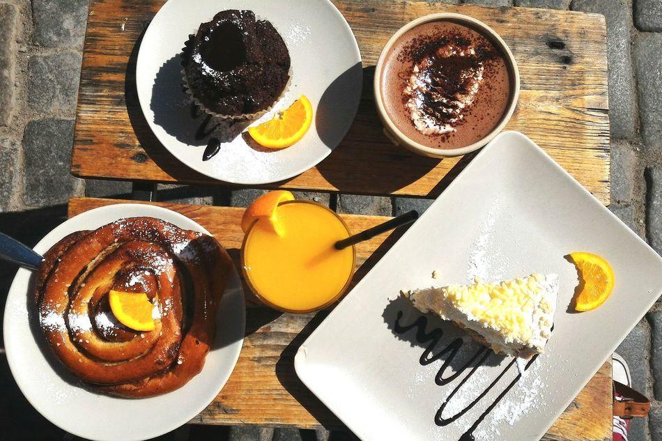 Bon appétit ! Holidays Breakfast Breakfast Time Sunny Day Hot Chocolate Fresh Orange Juice Cheese Cake Cinnamon Roll  Muffin Zenfone Photography