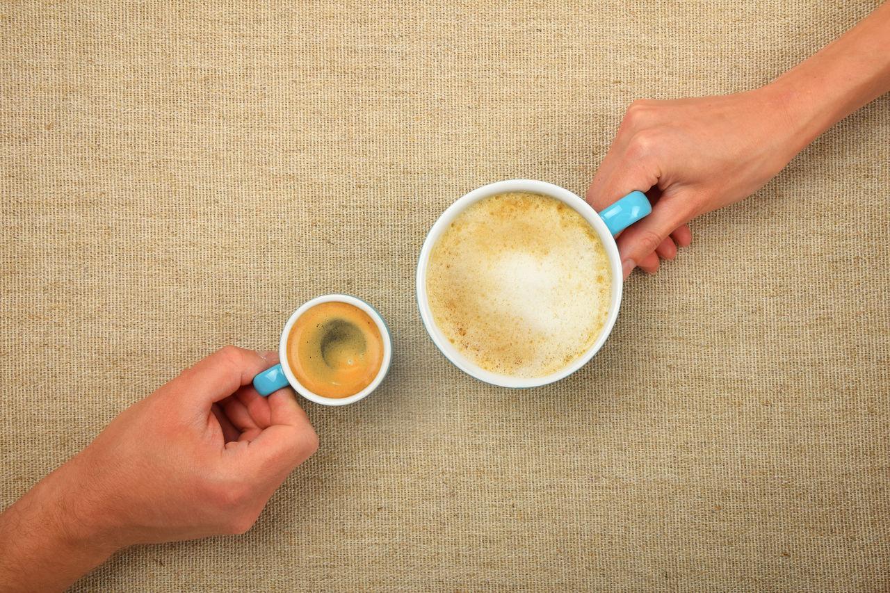 Beautiful stock photos of leinwand, 30-34 Years, 35-39 Years, Coffee - Drink, Coffee Cup