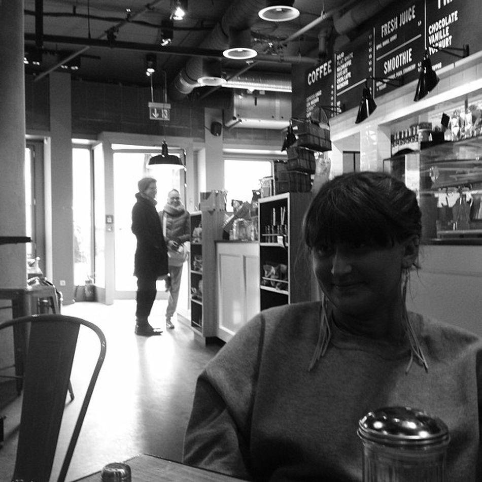 Osoba Igi Iga Berlin Coffeesavedmylife Poor  tourists