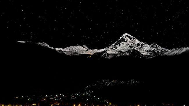 Mountains Night Photo Stars Georgia Kazbegi Kazbek Tranquility Nature Night Lights