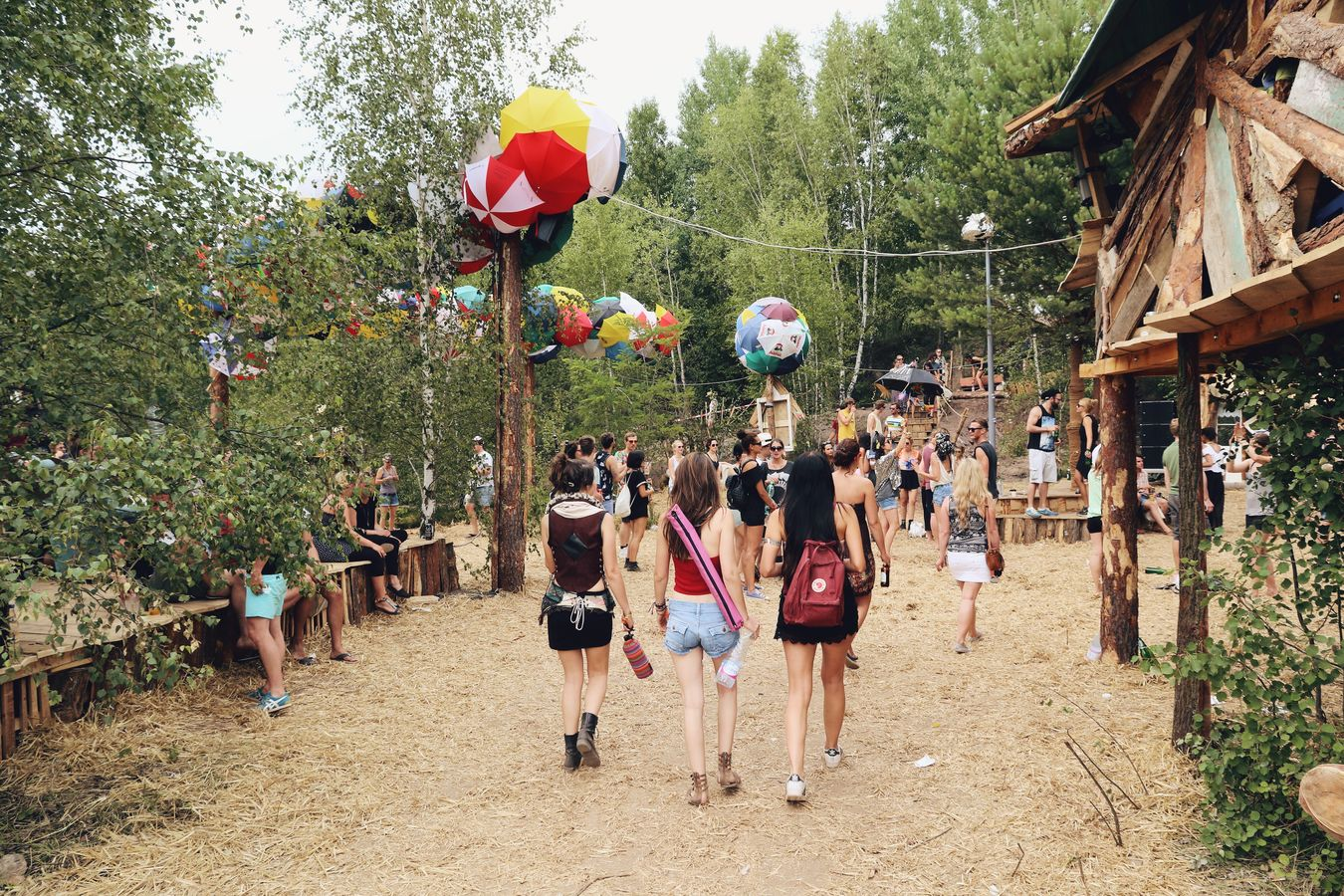 Diskobabel. Feel Festival Festival Music Summer Nature Enjoying Life Eyem Best Shots The EyeEm Facebook Cover Challenge