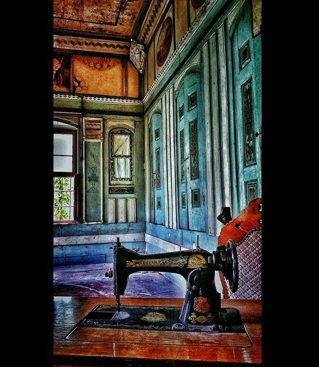 Gaziantep 2016 Gaziantep Papirüscafe Photographercanokkali Photobycanokkali Amateurphotographer  Amateurphotography Photographer Photography Color Coloroftheday Oldhouse Oldbuilding Interior Turkey Travel Travelphotography Photooftheday