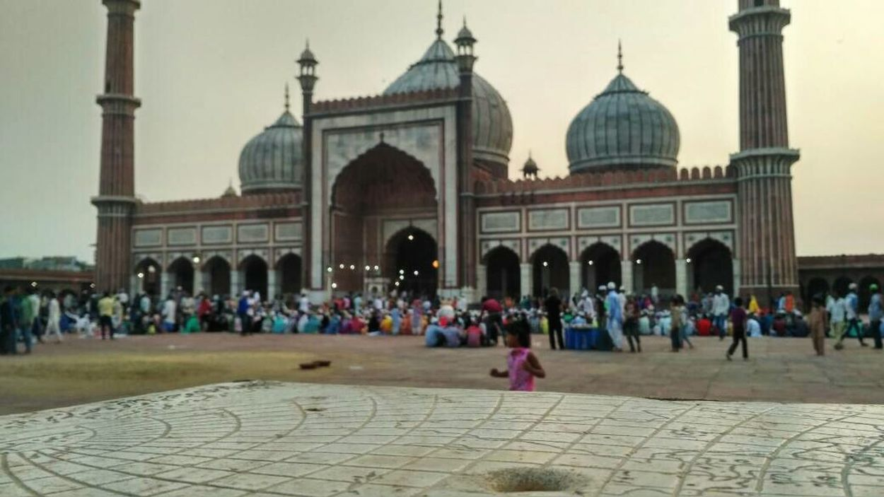 Architecture Large Group Of People Travel Destinations Dome Built Structure Outdoors People Vacations Festival Season Ramdan_karem Ramdan🎉🎉 Jama Masjid EyeEmNewHere
