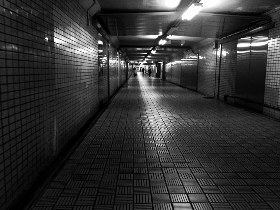 Underground Monochrome Streetphoto_bw