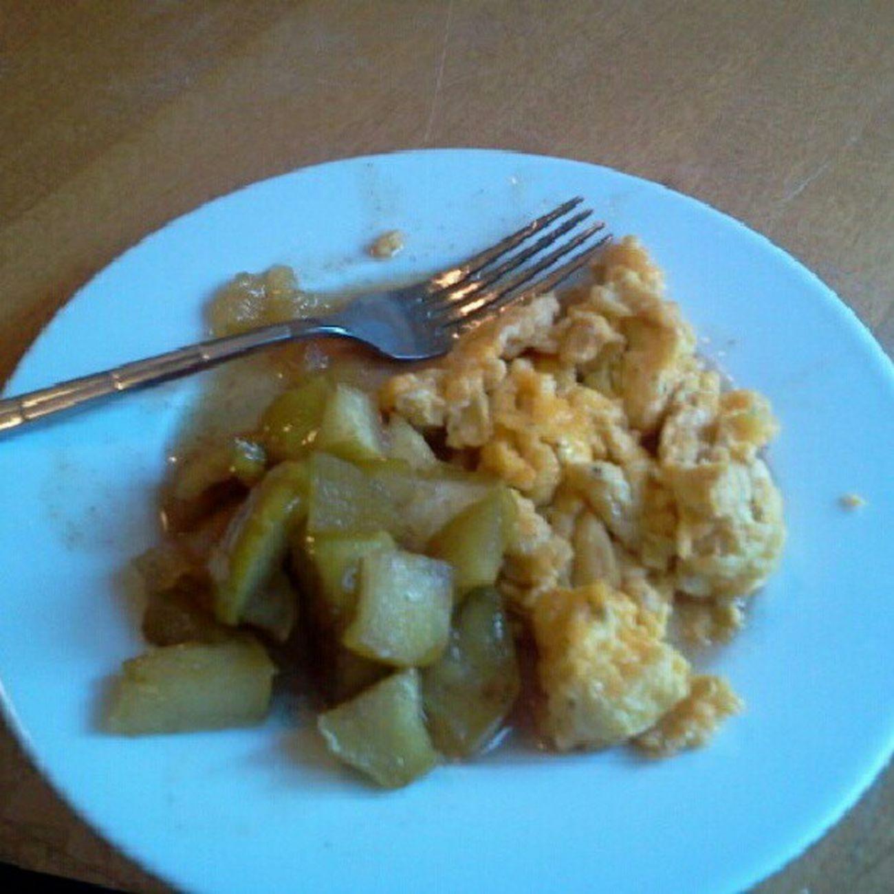 Fried apples and eggs Breakfastflow