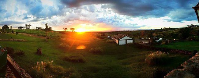Sunset at the farm Sunset Farm Life Farm @thefarmsunsets Farmsunsets Mococa Brasil Brazil Malimalemosphotos Canon Canonphotography Mutucamococa