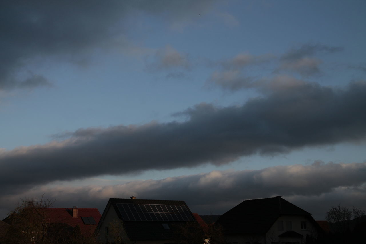 Atmosphere Atmospheric Mood Bruchmühlbach-Miesau Cloud Cloud - Sky Cloudscape Cloudy Dramatic Sky Moody Sky Outdoors Overcast Seeing The Sights Showcase: November Silhouette Sky Storm Cloud Sunset Weather Shades Of Blue Learn & Shoot: After Dark Pastel Power Photography In Motion Urban Spring Fever