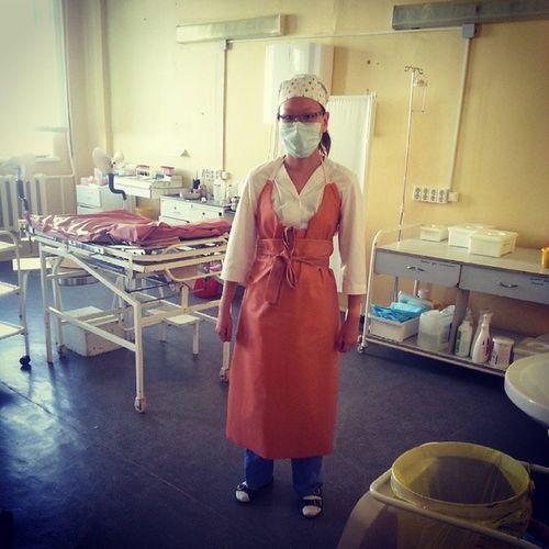Я тут жутко похожа на мясника....О_О Практика гинекология лето2014