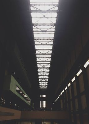 AMPt - Vanishing Point in City of London by Roly