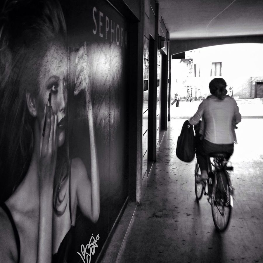 put the make-up on before going out with the bike Streetphotography Streetphoto Blackandwhite Streetphoto_bw