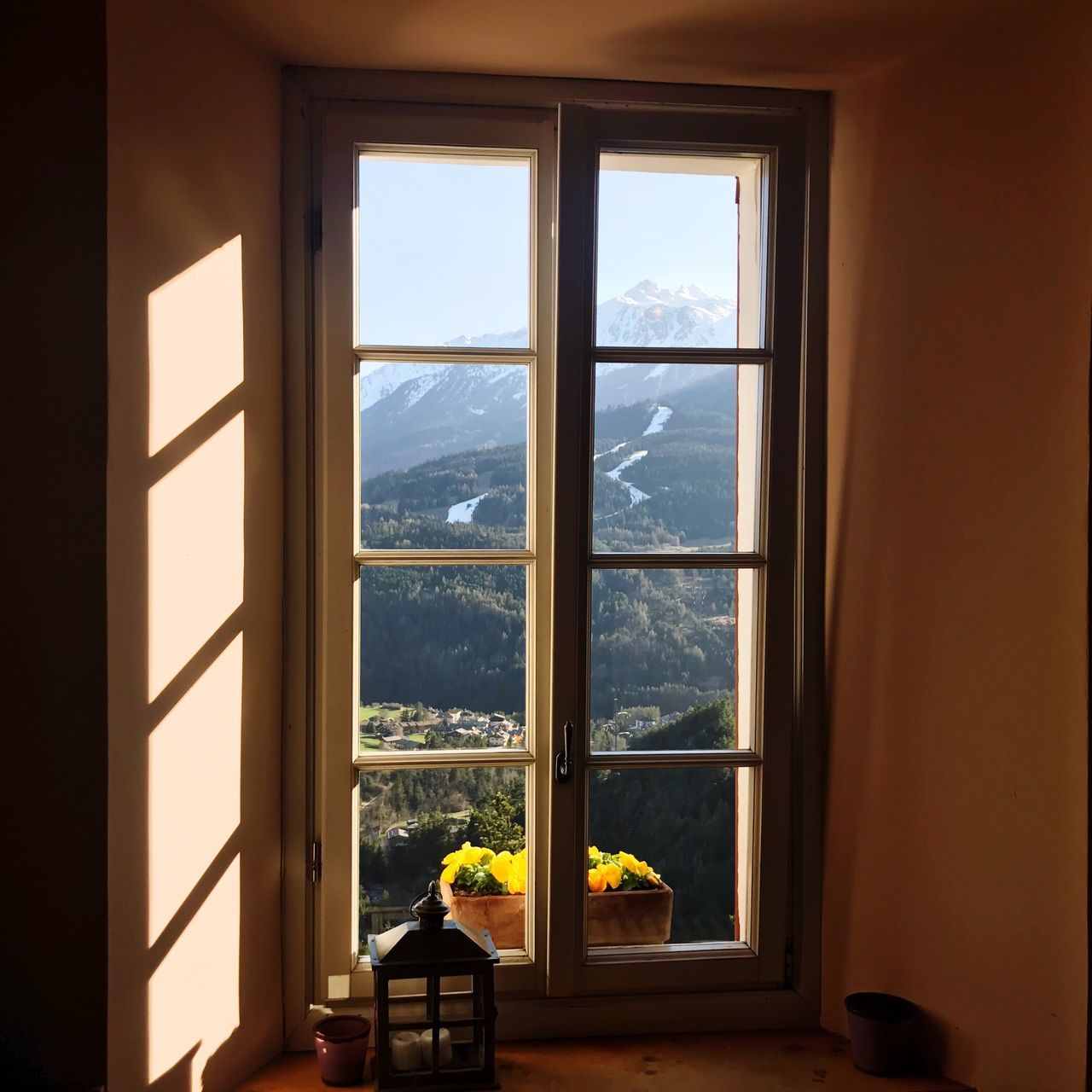 Window Indoors  Nature Scenics Day No People Sea Sunlight Sky Mountain Landscape Home Interior Looking Through Window Cityscape Beauty In Nature Built Structure Tree Water Architecture Close-up