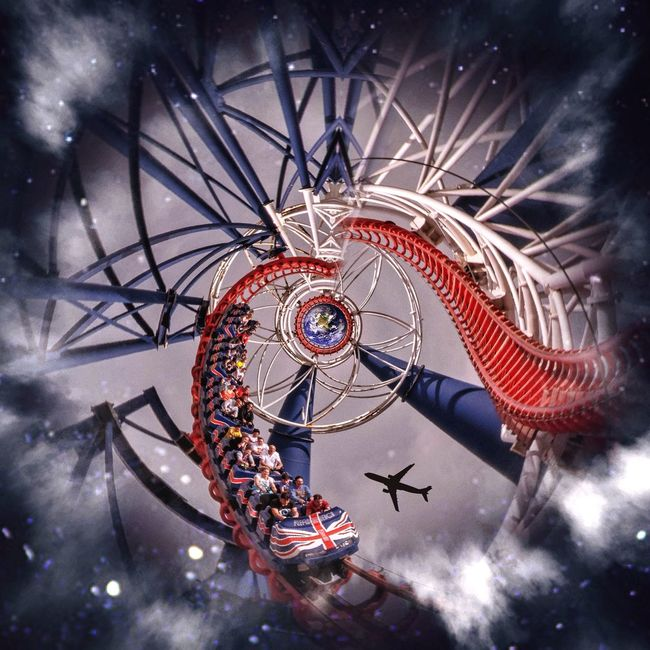 Fly Me To The Moon The Sky Is The Limit Circular App Roller Coaster EyeEm Best Edits Malephotographerofthemonth Circular TwentySomething Better Look Twice