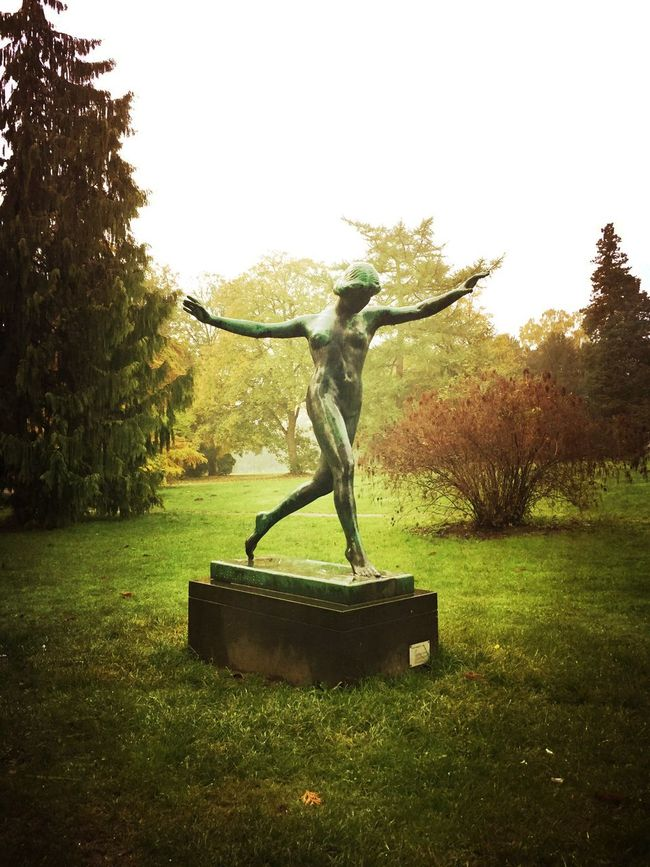 Beauty In Nature Statue Statues/sculptures Skulptur Statues And Monuments Nature Besutiful Nature Romantic Landscape Beauty In Nature In A Quiet Moment Naturelovers NEM Landscapes Landscape #Nature #photography Landscape Melancholic Landscapes Landscape_photography Landscape_Collection Melancholy Landscape Nature Autumn
