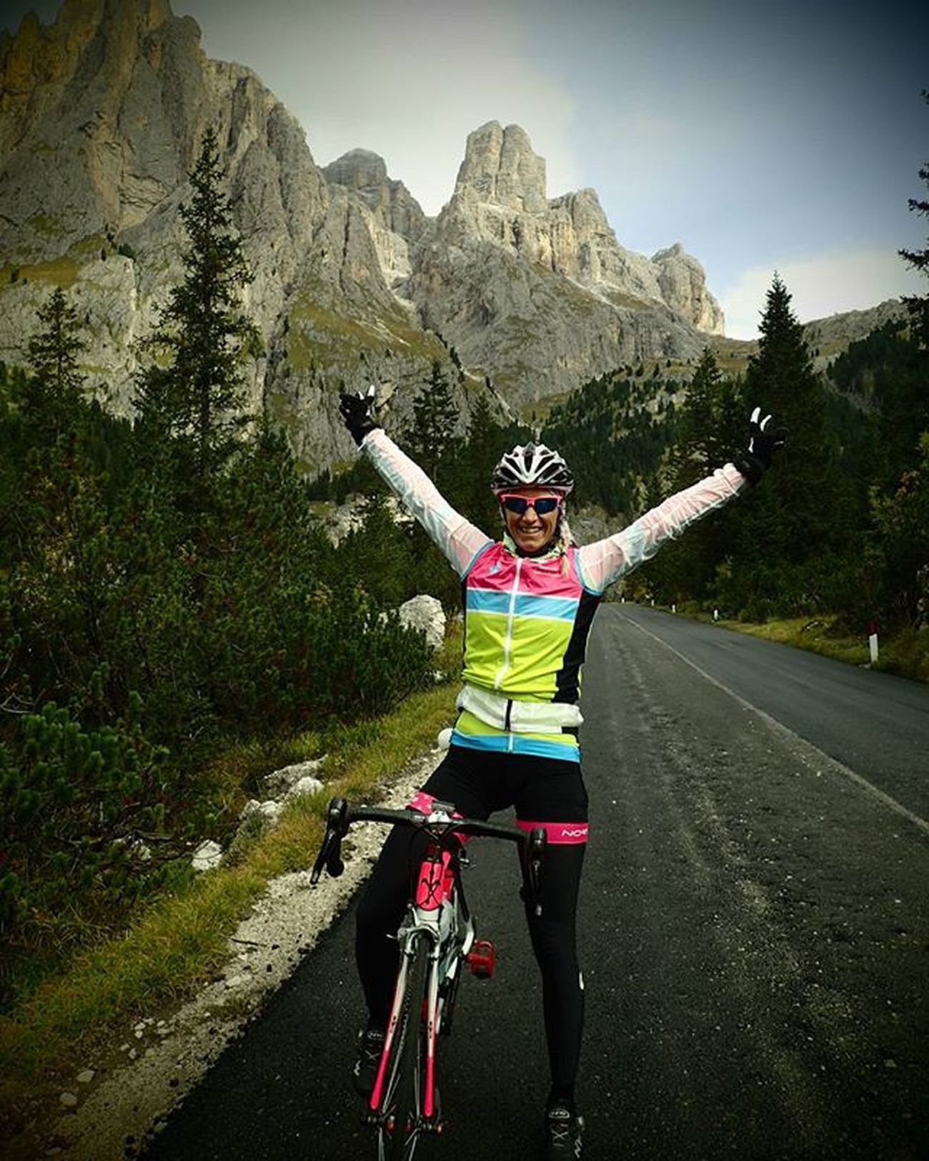 Cycling Ciclismo Stravaproveit Strava Stravacycling Stravaphoto Garmin Dolomites Dolomiti Loves_dolomiti My_dolomiti Puredolomites Loves_mountains Loves_nature Wilier Ilovemywilier Northwave Dolomitescycling Cyclingdolomites Sportaddict Bikesgirls Ridewithaview Cyclingfashion Womenonwheels Ridelikeagirl loves_trentino cyclinglife passosella passogardena loves_bikes IT waS suPeR harD daY wiTH suPer greAt vieWs anD speCtacuLaR sceNerY-I guEss I diD tHe 14tH stAge oF giRo 2016 a LiTTle biT too EarLy :):)