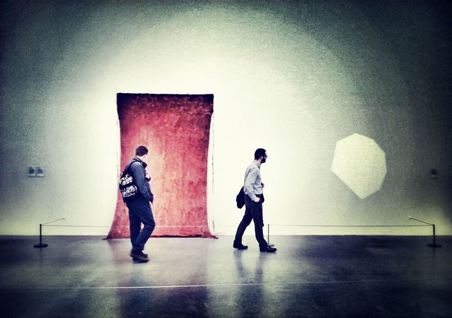Fractal Flares Andrographer Peoplewalkingpastwalls Londononly Two By Two