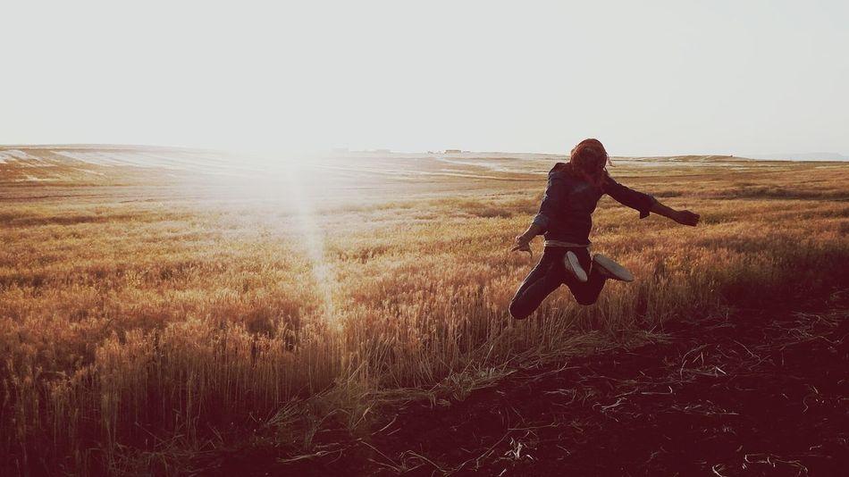 'Umuttan umudu kesmemek istiyorum; çünkü hâlâ hayatın düşlere borcu var ...🎈🎈🎈 Life Jiyan Hayat Azadî Freedom özgürlük Relaxing Taking Photos Mylife Myfreedom