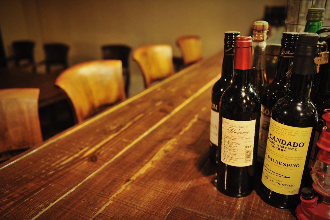 Bottle Wine Bottle Wine Alcohol Drink Food And Drink Red Wine Cork - Stopper Table Wine Cellar Wine Cork Wineglass Winery Winetasting Wine Cask Wood Wood - Material Bar Counter Light Still Life Night EyeEm Best Shots EyeEm Gallery