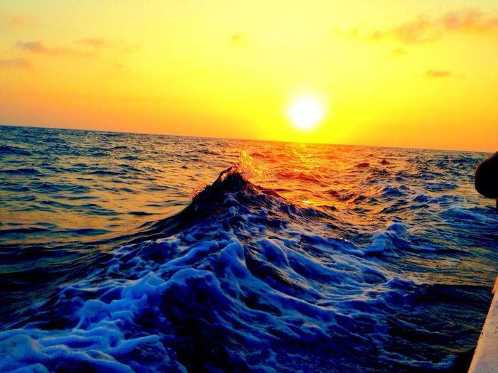 Sunset #sun #clouds #skylovers #sky #nature #beautifulinnature #naturalbeauty #photography #landscape Beachphotography