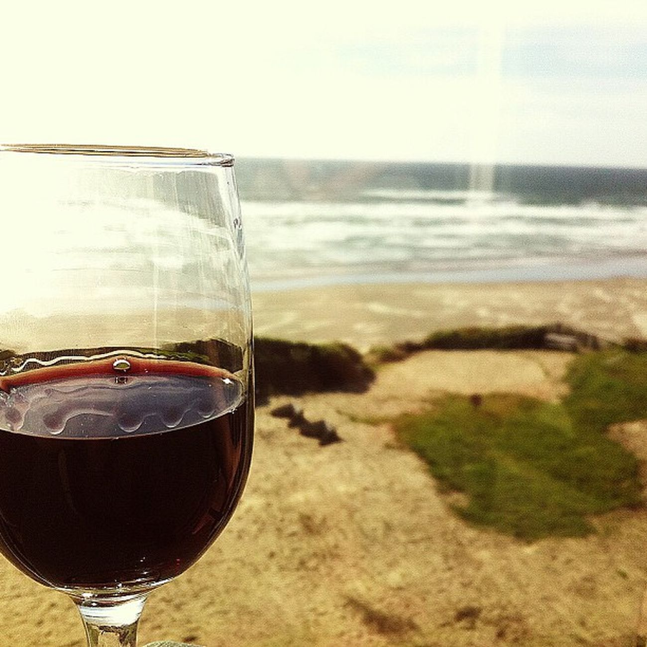 Wine and the Ocean . I wish I could live here. Oceanspray Pacificocean pacific newport oregoncoast oregon picoftheday sunshine blueskies blueseas cool breeze endless